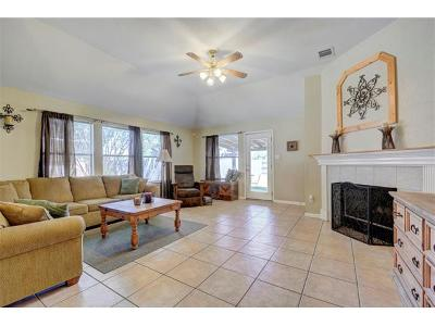 Hutto Single Family Home For Sale: 108 Warner Bnd