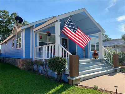 Giddings Single Family Home For Sale: 450 Biscayne St
