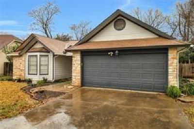 Travis County Single Family Home For Sale: 5610 Porsche Ln
