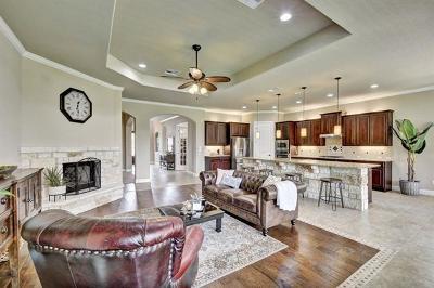 Leander Single Family Home For Sale: 2112 Manada Trl