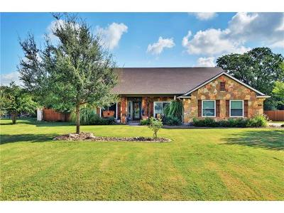 Liberty Hill Single Family Home For Sale: 332 Bronco Blvd