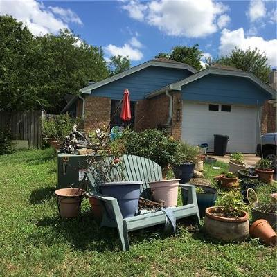 Leander Single Family Home Pending - Taking Backups: 820 Mica Ln