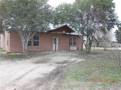 Seguin Single Family Home For Sale: 245 Muehl Rd