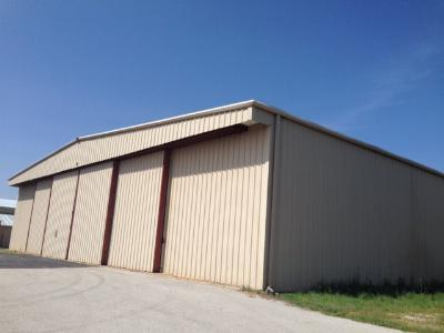 Commercial For Rent: 314 Flightline Rd