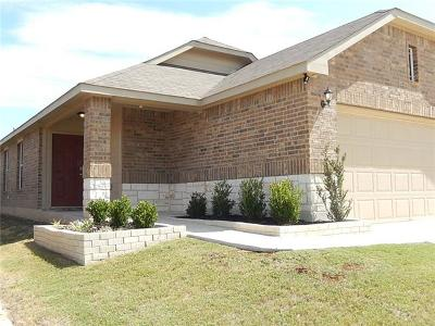 Single Family Home For Sale: 442 Moonwalker Trl
