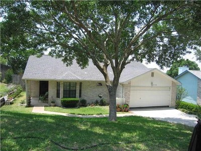 Round Rock Single Family Home For Sale: 2408 Stirrup Dr