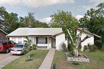 Austin Single Family Home Pending - Taking Backups: 5205 Gladstone Dr