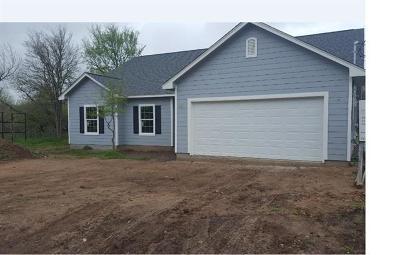 Bastrop Single Family Home For Sale: 118 E Kikipua Ln