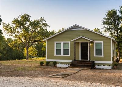 Elgin TX Single Family Home For Sale: $245,000