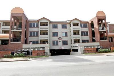 Condo/Townhouse Pending - Taking Backups: 501 W 26th St #110