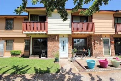 Lockhart Condo/Townhouse For Sale: 910 S Guadalupe St #B