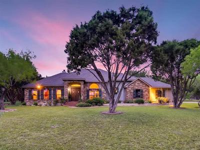 New Braunfels Single Family Home For Sale: 2611 Lions Den