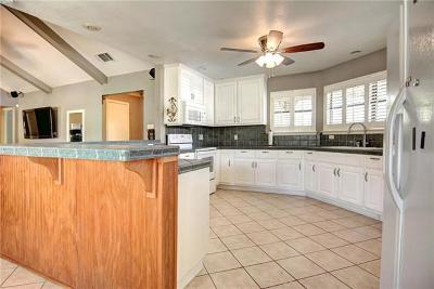 Cedar Creek Single Family Home For Sale: 183 Mesa Verde Dr