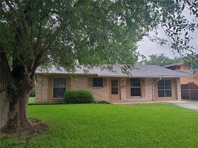 Travis County Single Family Home For Sale: 617 Long Bow Ln