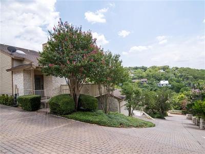 Condo/Townhouse For Sale: 5517 Oakwood Cv #6