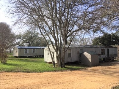 Smithville Mobile/Manufactured For Sale: 933 W Highway 71 Hwy