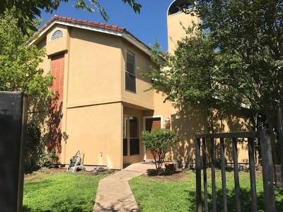Condo/Townhouse Pending - Taking Backups: 6104 N Hampton Dr