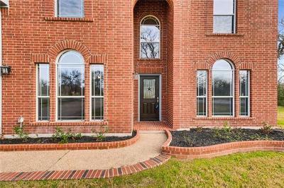 Single Family Home For Sale: 105 Hobbs Creek Cv