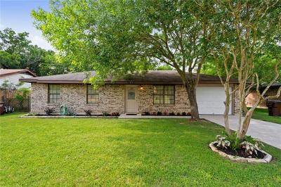 Lockhart Single Family Home Pending - Taking Backups: 1415 Lakeview Dr