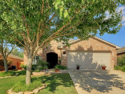 Leander Single Family Home For Sale: 421 Moorhen Cv