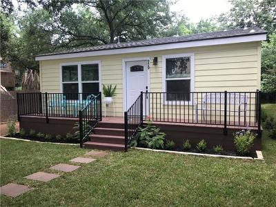 Single Family Home For Sale: 909 Ellingson Ln
