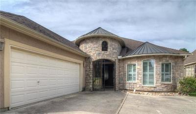 New Braunfels Single Family Home For Sale: 2615 Wilderness Way