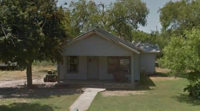 Kinney County, Uvalde County, Medina County, Bexar County, Zavala County, Frio County, Live Oak County, Bee County, San Patricio County, Nueces County, Jim Wells County, Dimmit County, Duval County, Hidalgo County, Cameron County, Willacy County Single Family Home For Sale: 902 Burleson