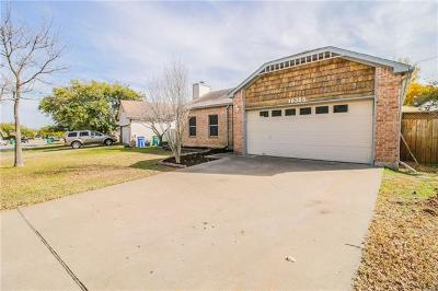 Pflugerville Single Family Home Pending - Taking Backups: 16305 Knottingham Dr