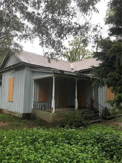 Travis County Single Family Home Pending - Taking Backups: 1603 Willow St