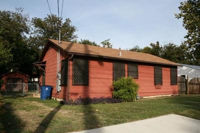 Single Family Home For Sale: 1514 W Koenig Ln