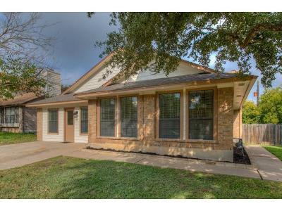 Round Rock Single Family Home For Sale: 818 Clearwater Trl