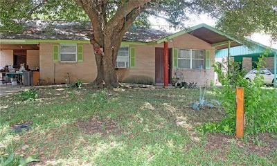 Lockhart Single Family Home Pending - Taking Backups: 1007 Mimosa Dr