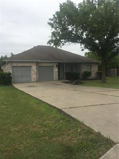 Hutto Single Family Home For Sale: 301 Axis Deer Trl