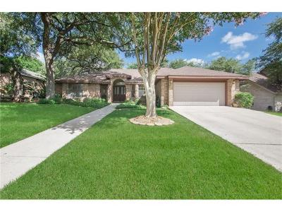 New Braunfels Single Family Home Pending: 427 E Tanglewood Dr