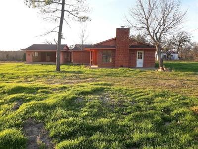 Elgin Single Family Home For Sale: 196 Brinkley Ln