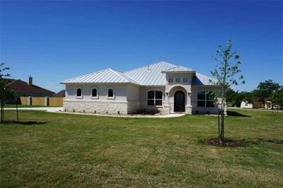 Bastrop Single Family Home For Sale: 105 Lightfoot Trl