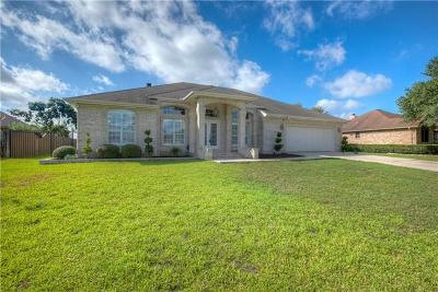 New Braunfels Single Family Home Pending: 172 Country Grace
