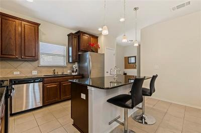 Buda Single Family Home For Sale: 133 Albatross Cv