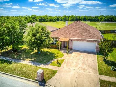 Bastrop County Single Family Home For Sale: 116 Shenandoah Trl