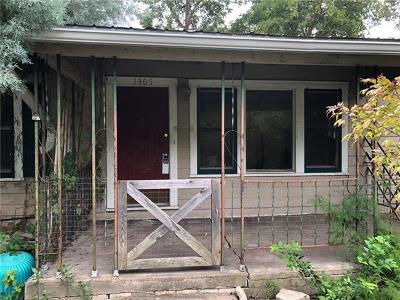 Travis County Single Family Home Pending - Taking Backups: 1305 Arcadia Ave