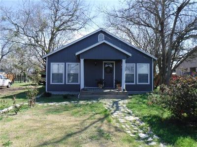 Elgin TX Single Family Home For Sale: $149,900