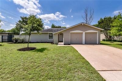 Round Rock Single Family Home Pending - Taking Backups: 1105 Green Meadow Dr