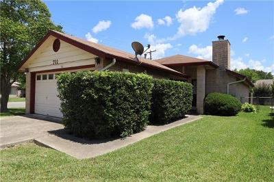 New Braunfels Single Family Home For Sale: 711 Briarbend Dr