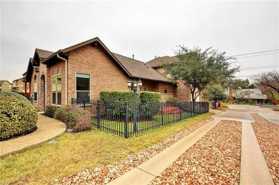 Hays County, Travis County, Williamson County Single Family Home Pending - Taking Backups: 2602 Del Curto Rd #D