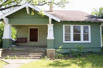 Lockhart Single Family Home For Sale: 424 Plum St