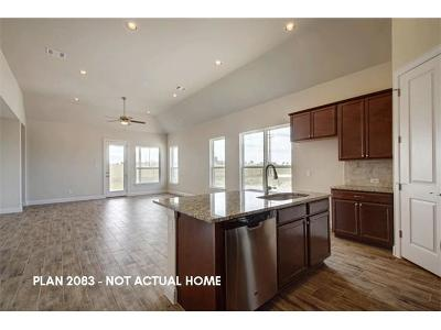 Lago Vista Single Family Home For Sale: 4105 Outpost Trce