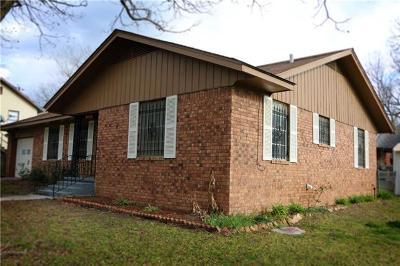 Rockdale TX Single Family Home For Sale: $109,000