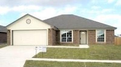 Killeen Single Family Home For Sale: 411 Aries Ave