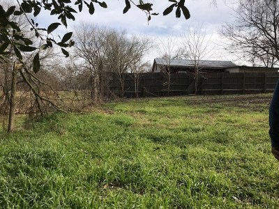 Bastrop Single Family Home Pending - Taking Backups: 160 Shoreline Dr