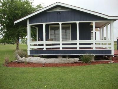 Refugio County, Goliad County, Karnes County, Wilson County, Lavaca County, Colorado County, Jackson County, Calhoun County, Matagorda County Single Family Home For Sale: W Alamo St